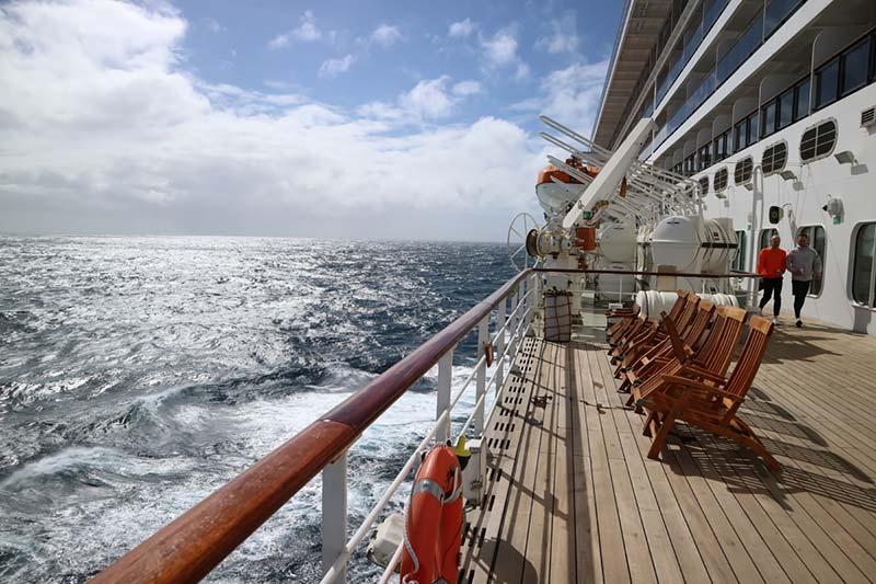 Promenade Deck op de Queen Mary 2 van Cunard
