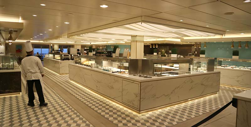 King's Court buffetrestaurant op de Queen Mary 2 van Cunard
