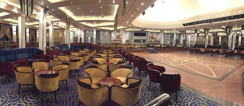 Queen's Room ballroom op de Queen Mary 2 van Cunard