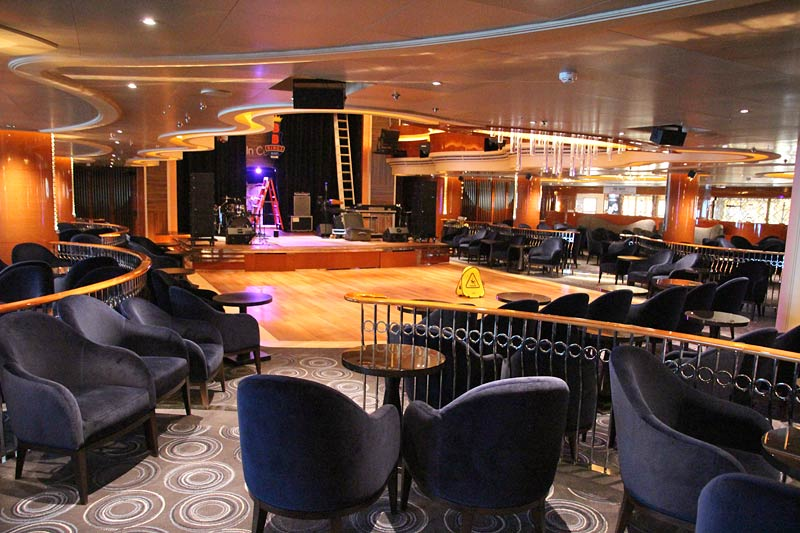 Holland America Line Nieuw Statendam Queens Lounge BB King Blues