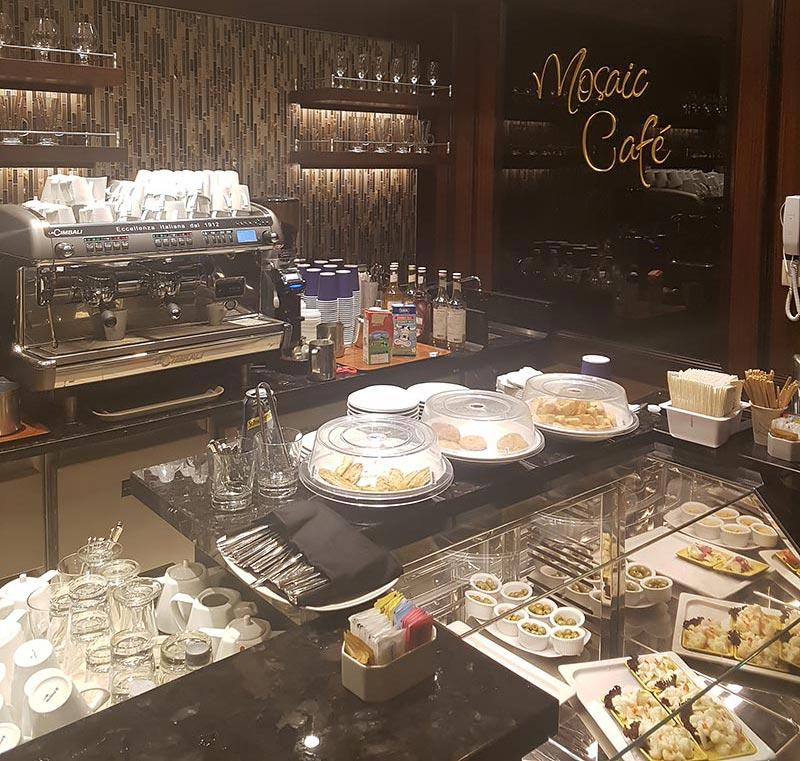 Mosaic koffiebar op de Azamara Pursuit