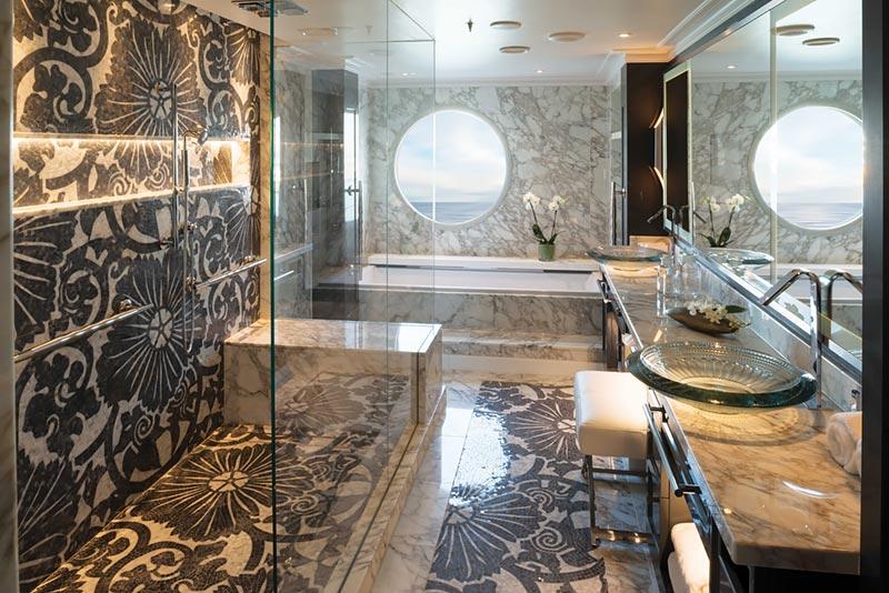 Crystal Serenity Crystal Penthouse badkamer - Crystal Cruises