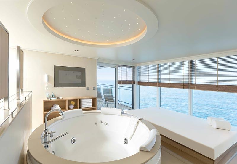 Europa 2 Owners Suite badkamer - Hapag-Lloyd Cruises