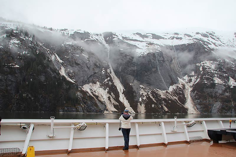Holland America Line cruiseschip in Tracy Arm fjord Alaska