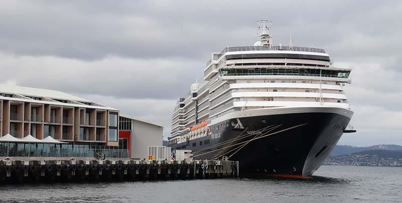 Cruise schip Noordam Holland America Line in Hobart, Tasmanie, Australie