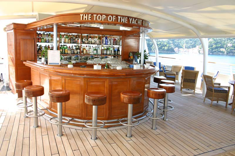 Top of the Yacht Bar op het cruiseschip SeaDream I van SeaDream Yacht Club