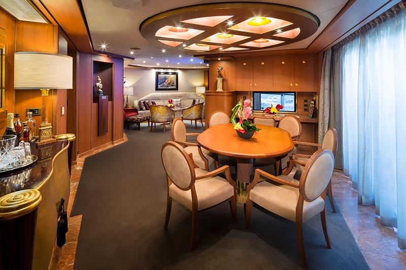 Westerdam Pinnacle Suite eetkamer - Holland America Line
