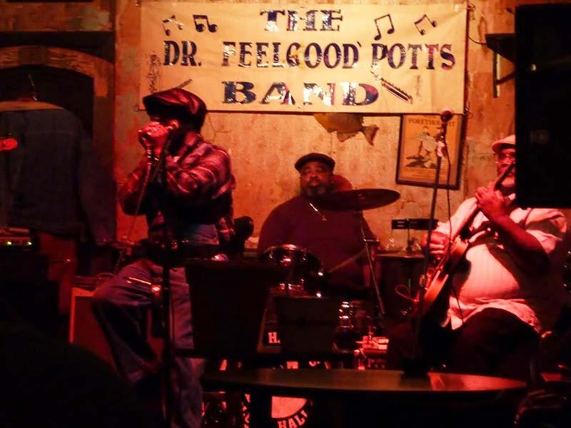 Een van de vele blues cafes in Beale Street, Memphis