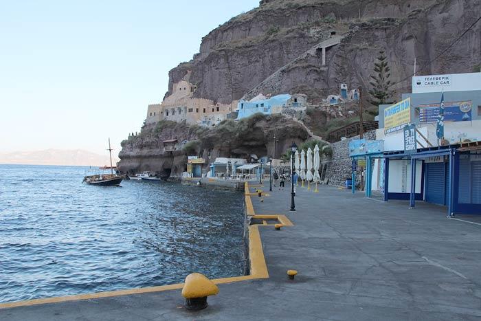 Santorini aankomst kade cruiseschepen