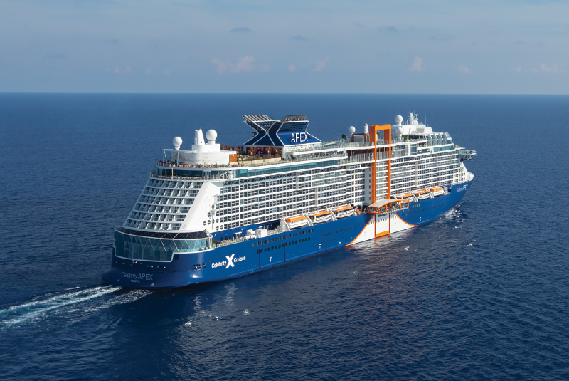 Celebrity Apex van Celebrity Cruises komt naar Amsterdam