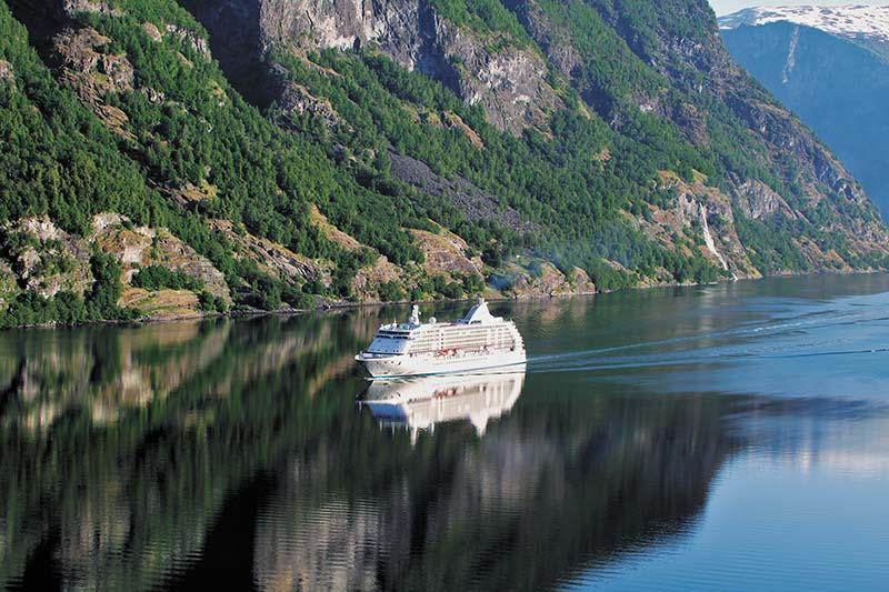 Wat u weten moet over cruises naar de Noorse Fjorden