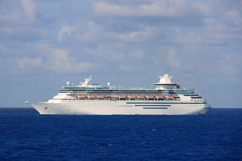 Royal Caribbean International verkoopt twee cruiseschepen