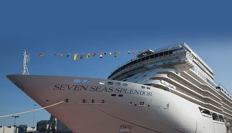 Bezoek aan Seven Seas Splendor op de bouwwerf in Italië